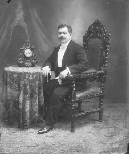 Dr. Nicolás Cámara Vales